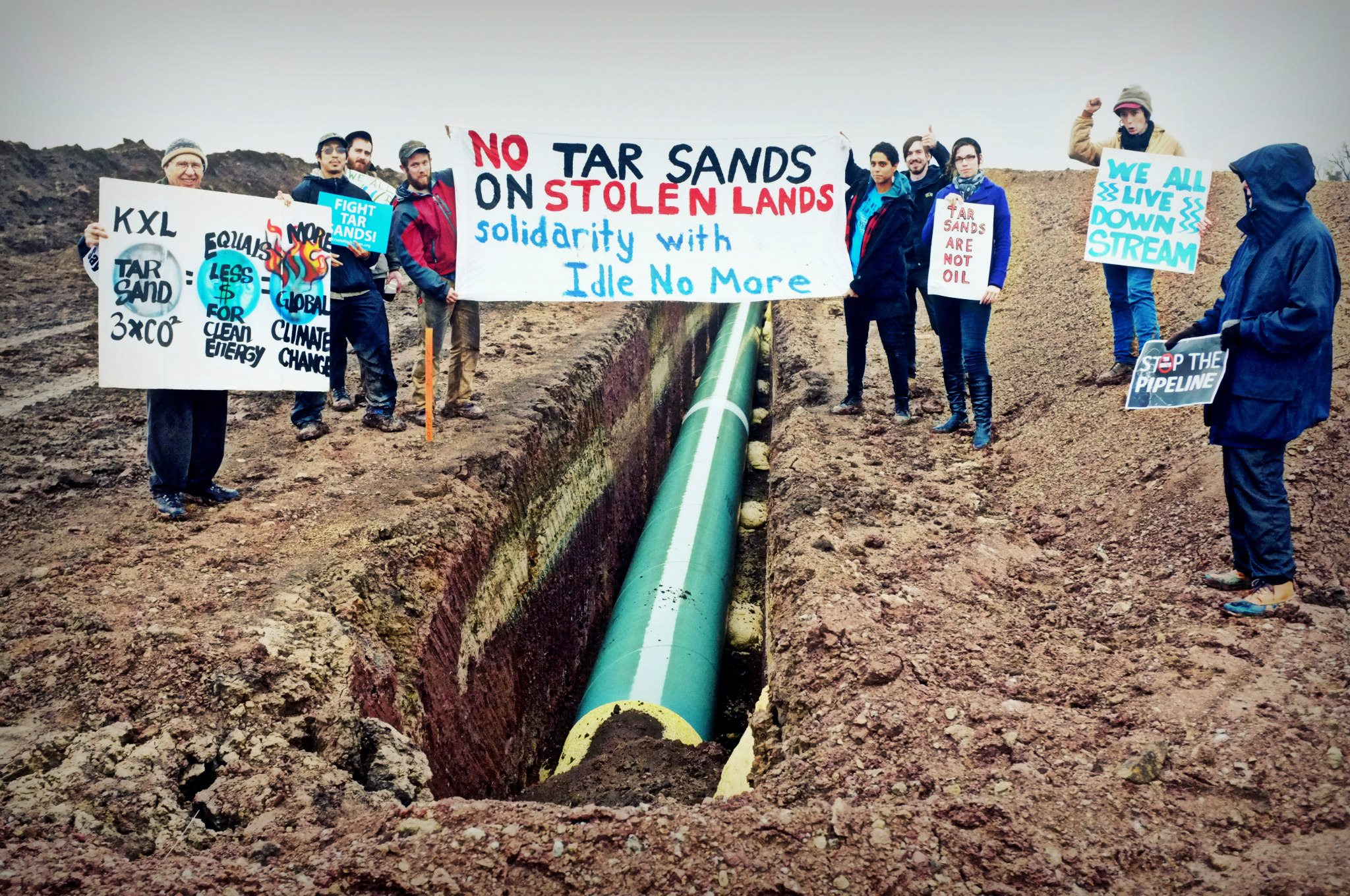 tar sands In the heated keystone xl debate, the canadian company transcanada, which is attempting to build the line, and the koch brothers, who are throwing their considerable.