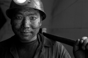 Chinese-coal-miners_2-450x299